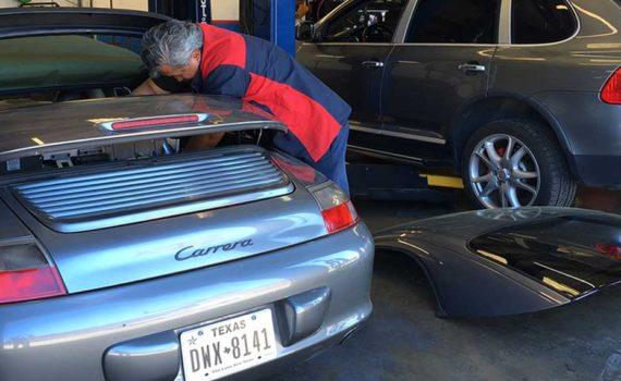 bmw maintenance | bmw mechanic | bmw repair center |bmw service center | bmw specialist In San Antonio